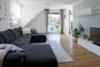 Großzügiges Dachgeschoss im Zentrum von Bittenfeld - Wohnzimmer