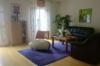 Großzügiges Reiheneckhaus mit Garten, Hobbyraum und Dachausbaureserve (35qm) - Wohnzimmer